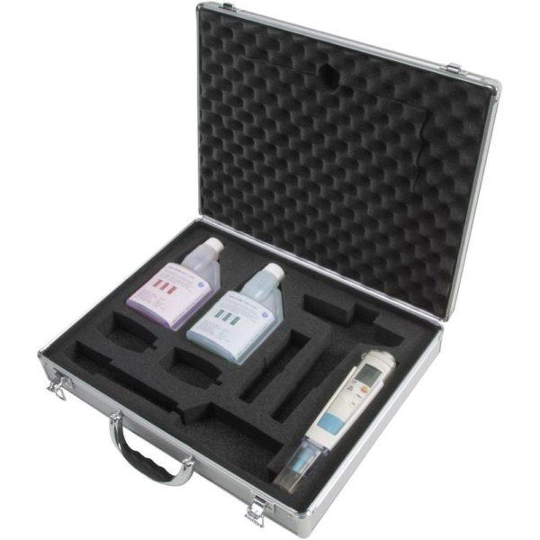 ph3-Målersett med koffert og buffer pH 4 og 7 - Testo 206