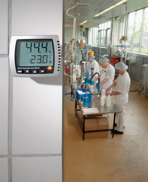 Alarmhygrometer Testo 608-H2 i produksjonslokale