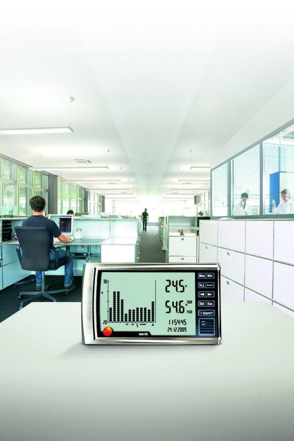 Hygrometer Testo 623 har et stor lettlest display