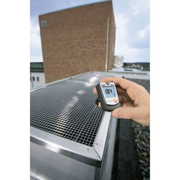 Temperaturmåler Testo 905-T1 i bruk