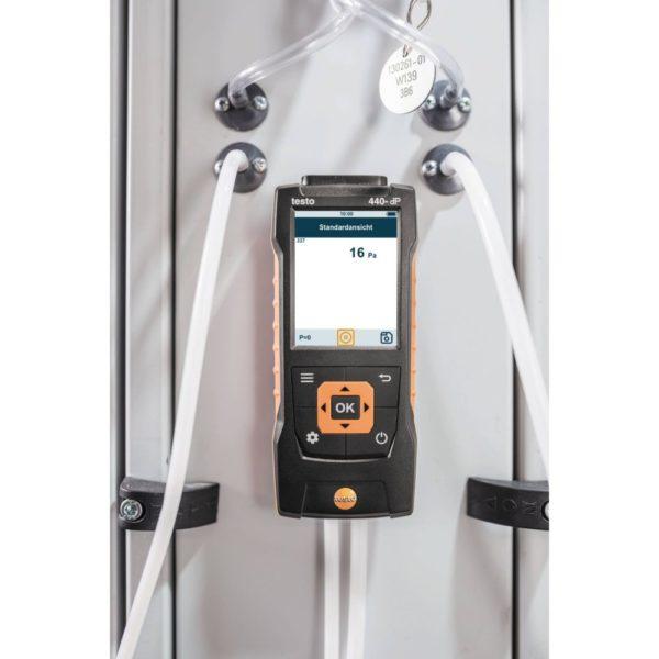 Testo 440 dP i bruk differensialtrykkmåling